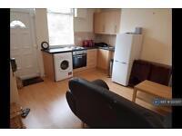 1 bedroom flat in Leeds, Leeds, LS6 (1 bed)