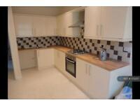 4 bedroom house in High Street, Llanhilleth, Abertillery, NP13 (4 bed)