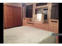 1 bedroom in Worcester Road, Sutton, SM2