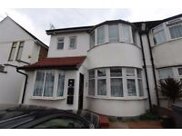 3 BED 2 ATH GARDEN FLAT TO RENT WITH OSP