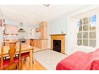 Ref 451-Bright and spacious top floor 2 bed flat located in popular Colinton Road, avail 25 Oct!