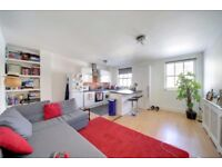 Well Located 1 Bedroom Flat in the heart of Roman Road Market and close to Victoria Park