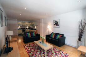 1 BR Apt in Saffron Hill near Farringdon Stn Min 30 Nights £1899 + £250 bills