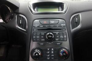 2011 Hyundai Genesis Coupe 2.0T London Ontario image 13