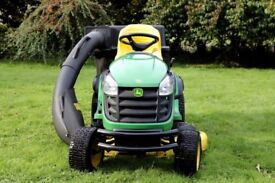 "JOHN DEER X165 tractor with 48"" mower deck and 2-bag collector Great condition"