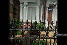 Studio flat in Parkhurst Road, London , N7 (#1169778)