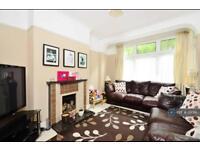 3 bedroom house in Grange Road, London, SE25 (3 bed)