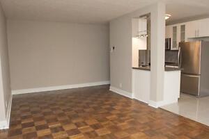 Luxury 1 Bedroom, 4 Appliances & Balcony! Pet Friendly