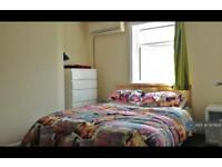 1 bedroom in Walworth Road, London, SE17