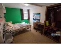 5 bedroom flat in Mount Pleasant, Liverpool, L3 (5 bed)