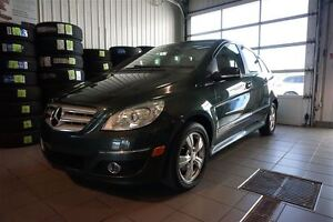 2010 Mercedes-Benz B-Class B200, TOIT PANORAMIQUE ,MAGS