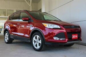 2014 Ford Escape SE 2.0 4wd with Leather & Navigation & Tow pack