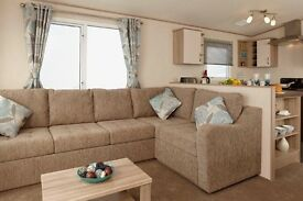 Lovely Caravan at Devon Cliffs!! Sleeps 8... Double Glazed.. Central Heating.. By the Beach!!!