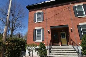 "Sandy Hill - ""1 Month Free"" Beautiful 2 bedroom Townhome"