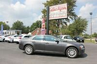 2014 Chrysler 300 Base *AWD,LEATHER & MORE*