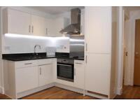 1 bedroom flat in Ashlar Court, Ravenscourt Gardens, London W6
