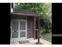2 bedroom flat in Chatsworth Avenue, Cambridge, CB4 (2 bed)