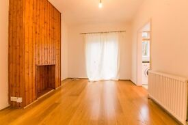 Hythe Road - Stunning 3 bedroom with very large garden !!!!!!