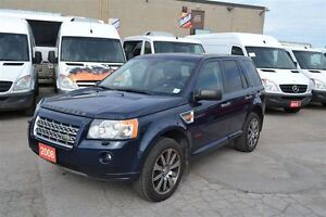 2008 Land Rover LR2 HSE 4X4 PANO rood