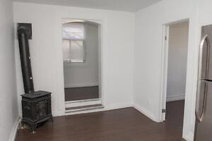 Spacious 1 Bedroom at Weber & Young in Kitchener - CALL TODAY!