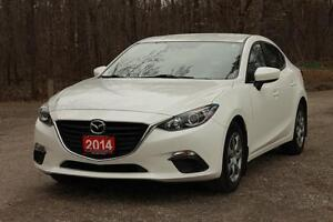 2014 Mazda Mazda3 GX-SKY | ONLY 32K | Bluetooth + CERTIFIED +...