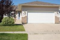Bungalow with Attached Garage, Next to Ecole St Thomas!