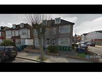 1 bedroom flat in Welldon Crescent, Harrow, HA1 (1 bed)