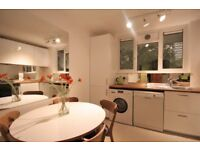 BEAUTIFULLY RENOVATED 3 BEDROOM FLAT IN THE HEART OF CLERKENWELL
