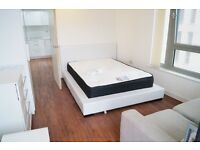 ***SHARE ACCOMMODATION! ALL BILLS INCLUDED!!! Luxurious double room with Private balcony, E16