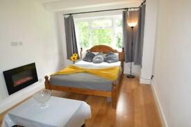 2 bedroom flat in Ealing, W13