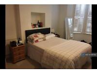 1 bedroom in Cato Road, London, SW4