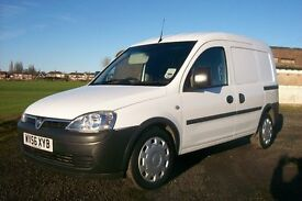 VAUXHALL COMBO VAN ONLY 78000 MILES SUPERB CONDITION ANY TRIAL WELCOME MOT SIDE LOADER