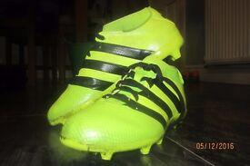Adidas Football boots - junior size 4