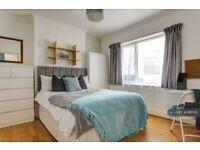 1 bedroom in Bevendean Crescent, Brighton, BN2 (#881516)