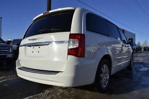 2013 Chrysler Town & Country Touring Edmonton Edmonton Area image 17