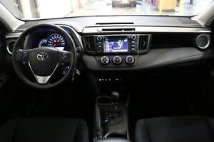 2016 Toyota RAV4 LE AWD HEATED SEATS & BACKUP CAMERA London Ontario image 16