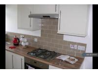 2 bedroom flat in Canterbury House, Sunderland, SR5 (2 bed)