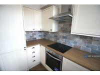 1 bedroom flat in Fountain Court, Old Portsmouth, PO1 (1 bed)