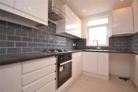2 bedroom flat in Pembroke Road, London, N10