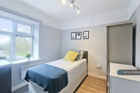 1 bedroom in Church Lane, Papworth Everard, Cambridge, CB23 (#1090898)