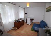 1 bedroom flat in Darien House, London, SW11 (1 bed)