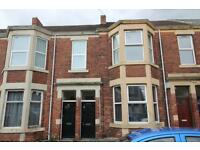 3 bedroom flat in Warton Terrace, Heaton