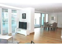 3 bedroom flat in Arena Tower, Crossharbour Plaza, Canary Wharf E14