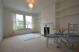 2 bedroom flat in Nelson Road, Crouch End, N8