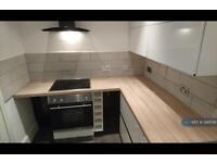 2 bedroom flat in Flixton Road, Urmston, M41 (2 bed)