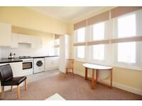 **Cosy one bedroom flat on a quiet road in Crouch End availble now!! Only £1099pcm!!**