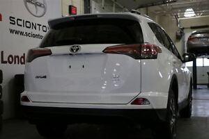 2016 Toyota RAV4 LE HEATED SEATS & BACKUP CAMERA London Ontario image 4