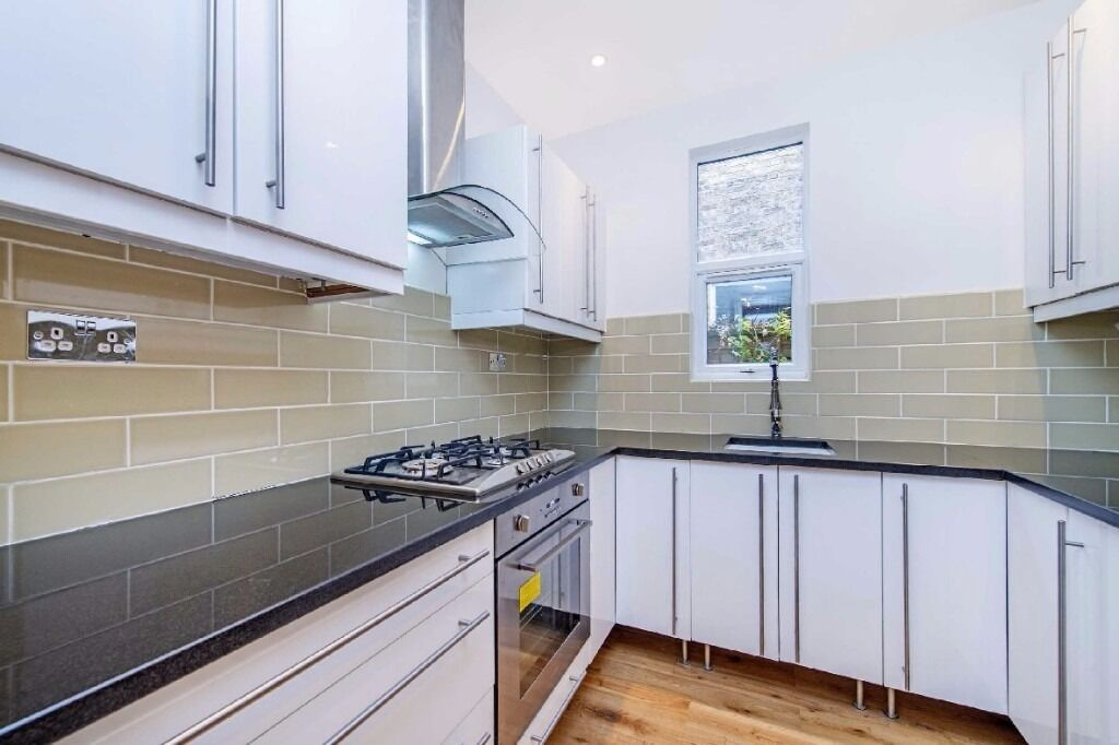 Longley Road, SW17 - A newly refurbished three bedroom garden flat in excellent condition throughout