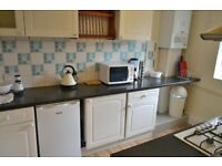 Outstanding 1 Bedroom Apartment, Located moments from Southfields