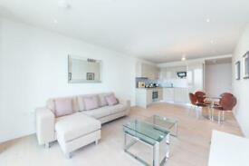 1 bedroom flat in One The Elephant, St Gabriel Walk London SE1